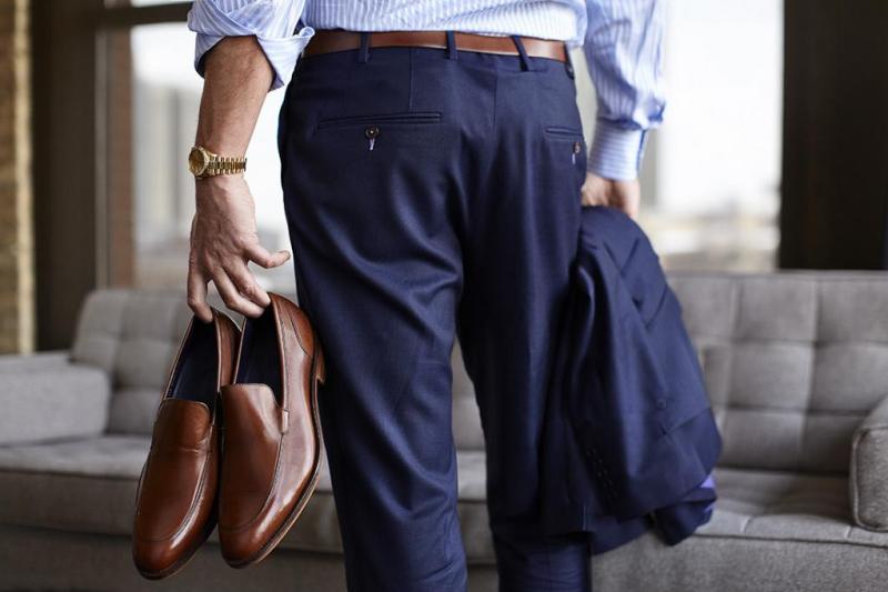 54d797311c Etiketa odievania - pánsky oblek Topanky a etiketa odievania mužov ...